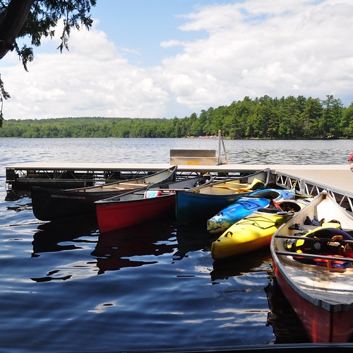 Canoes and kayaks at the bottom of Cliff Top Trail, Bon Echo