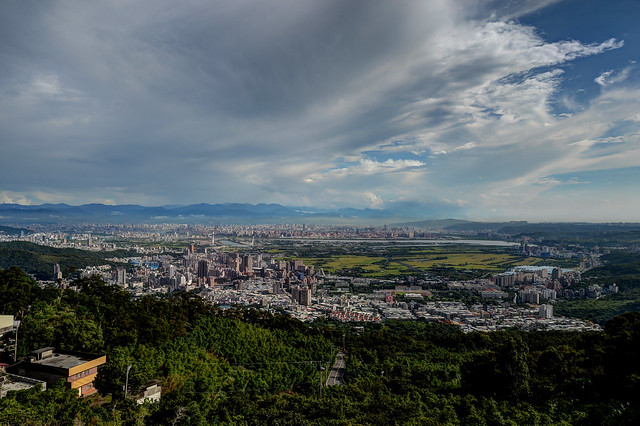 復興三路俯瞰台北市+關渡平原