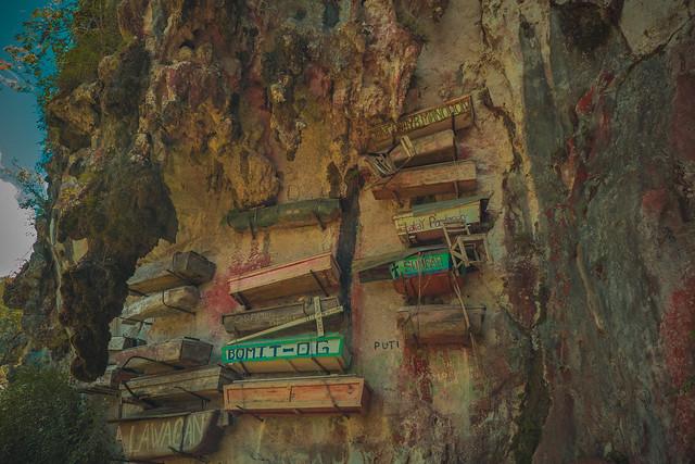 hanging coffins, Fujifilm X-T1, XF16-55mmF2.8 R LM WR