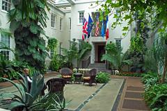 interior garden, peirce-du pont house