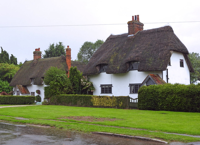 Thatched cottages, Henham, Essex, Nikon COOLPIX P610