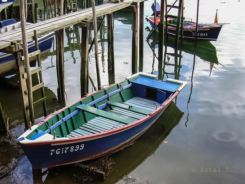 La barca espera