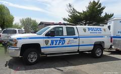 NYPD 2016 Chevrolet Silverado 2500 HD - Mounted Unit 9909 (2)