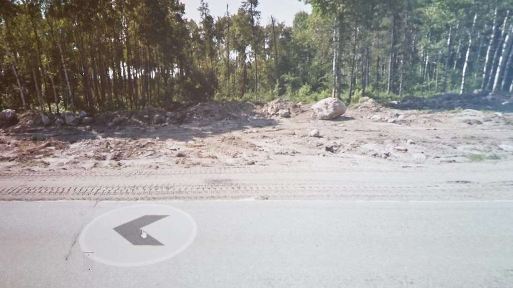 Big boulder catches attention of cyclist crossing Canada. #ridingthroughwalls #xcanadabike #googlestreetview #manitoba