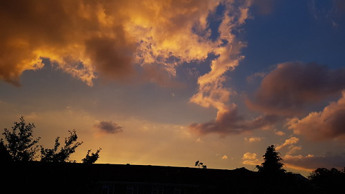 sunset chertsey pic8