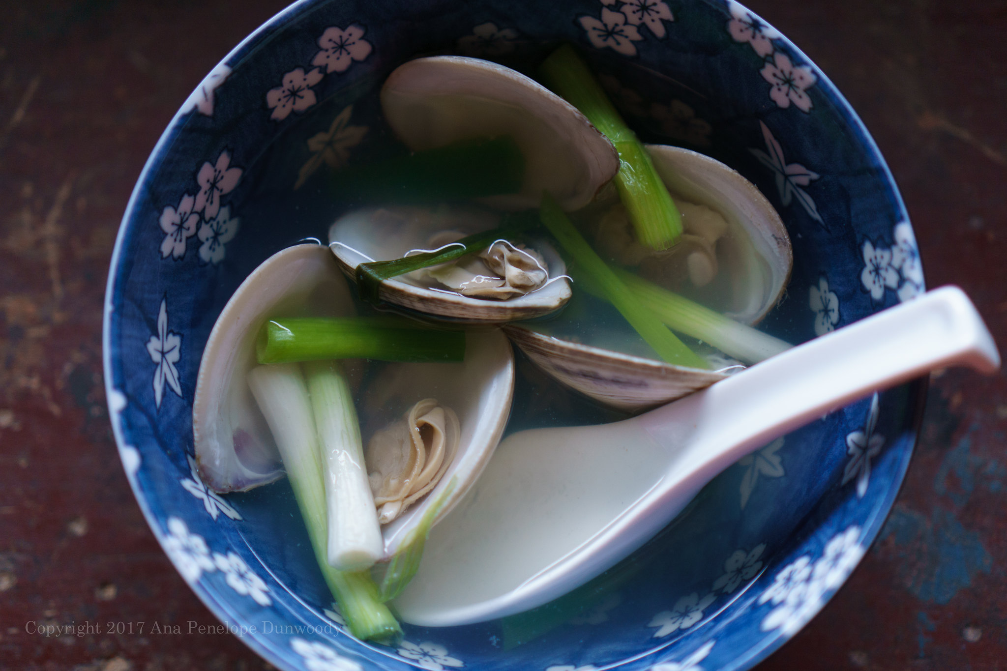 Jogaetang (Korean Clam Soup)