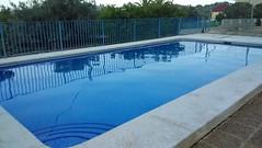 Grandiosa piscina en perfecto estado.  Solicite más información a su inmobiliaria de confianza en Benidorm  www.inmobiliariabenidorm.com