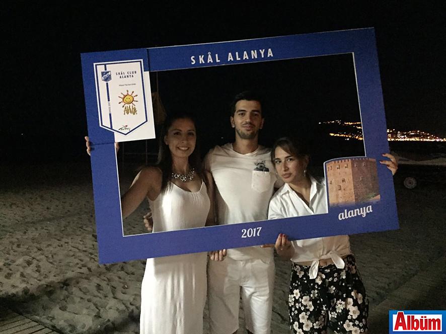 SKAL üyeleri plaj partisinde eğlendi8