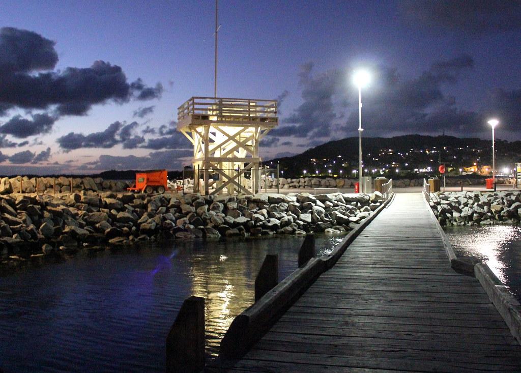 albany-jetty-at-night