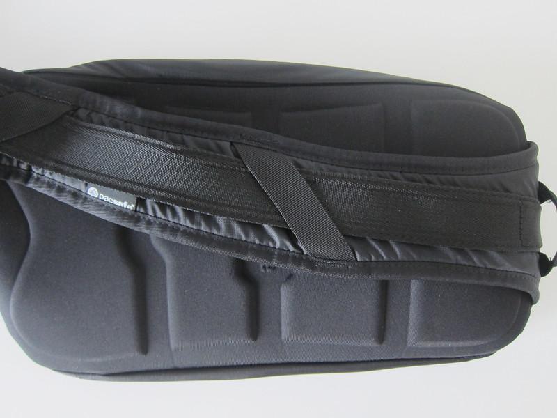 Pacsafe Venturesafe 325 GII - Slash Proof Carrysafe Strap