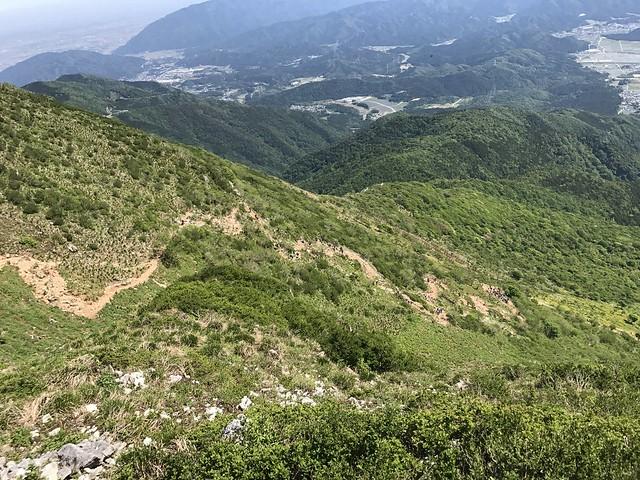 伊吹山 琵琶湖展望台より表登山道