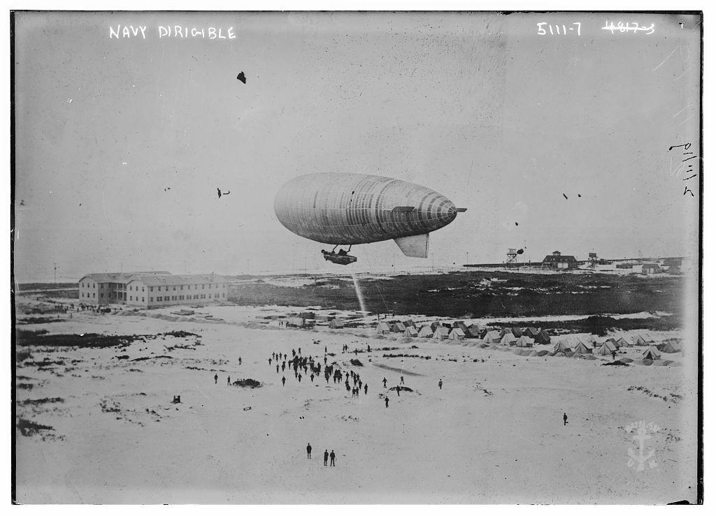 Navy dirigible (LOC)