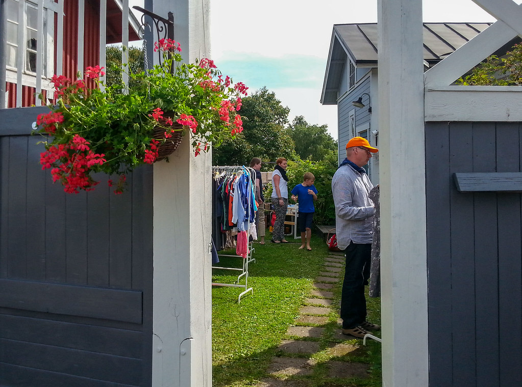 The Hottest Summer Tip For Finland Right Now: Rauma Lace Week and Open Yards of Old Rauma! | Live now – dream later travel blog