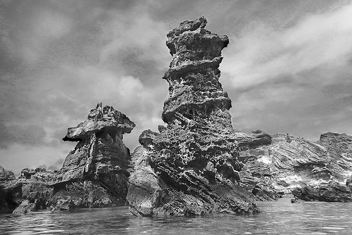 rock sculpture natural tobacco bay bermuda bw monochrome art landscape photo jonathan charles topf75
