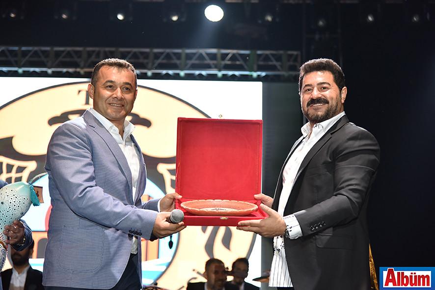 Alanya Belediye Başkanı Adem Murat Yücel, Serkan Kaya