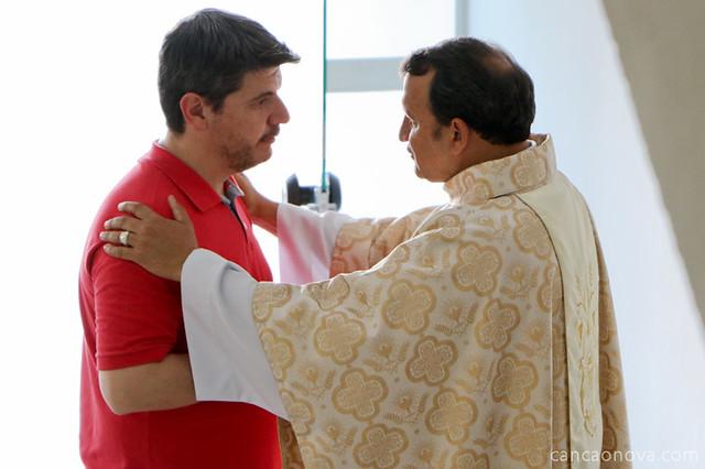 Missa com Frei Josué no Acampamento Fé e Milagres