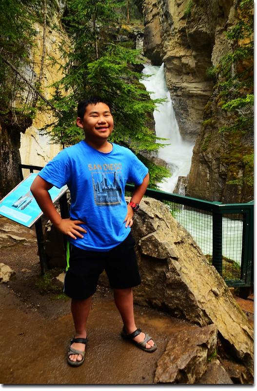 Johnston Canyon Falls (lower) (7)
