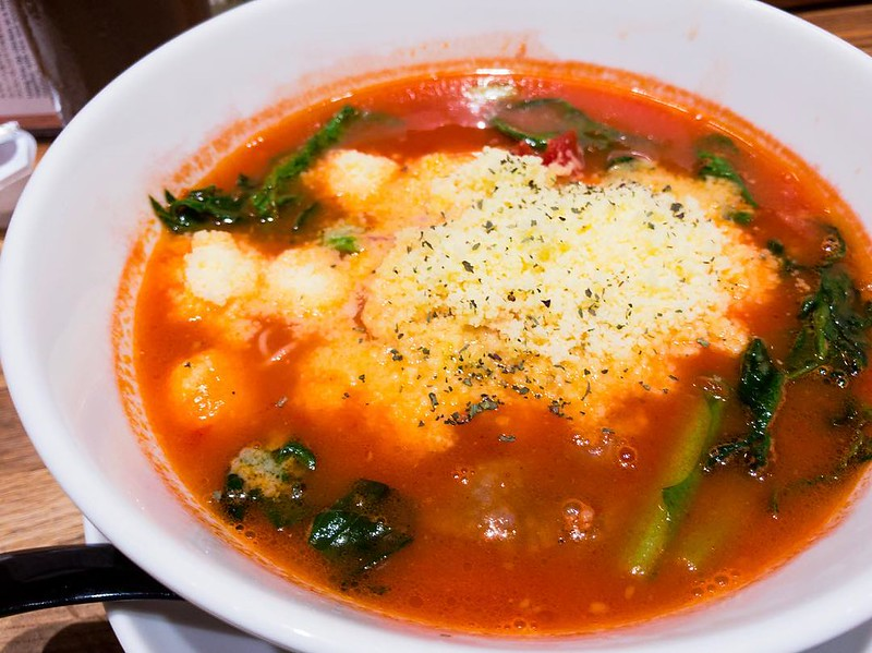 今日じゃなくて数日前に食べた #太陽のトマト麺 #tomato #ramen #tomatosoup