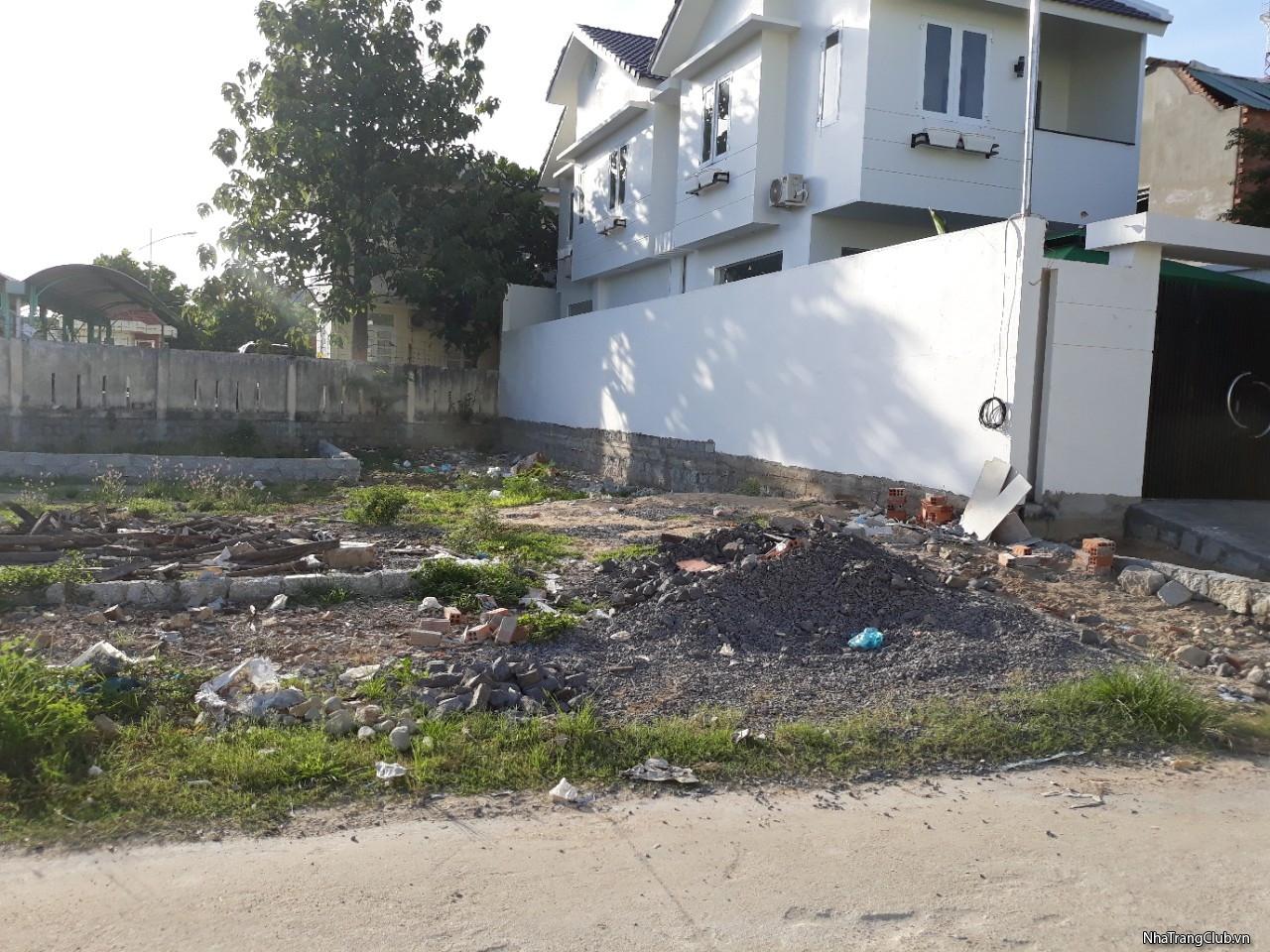 Cần bán 1 lô đất giá rẻ tại Vĩnh Thạnh Nha Trang