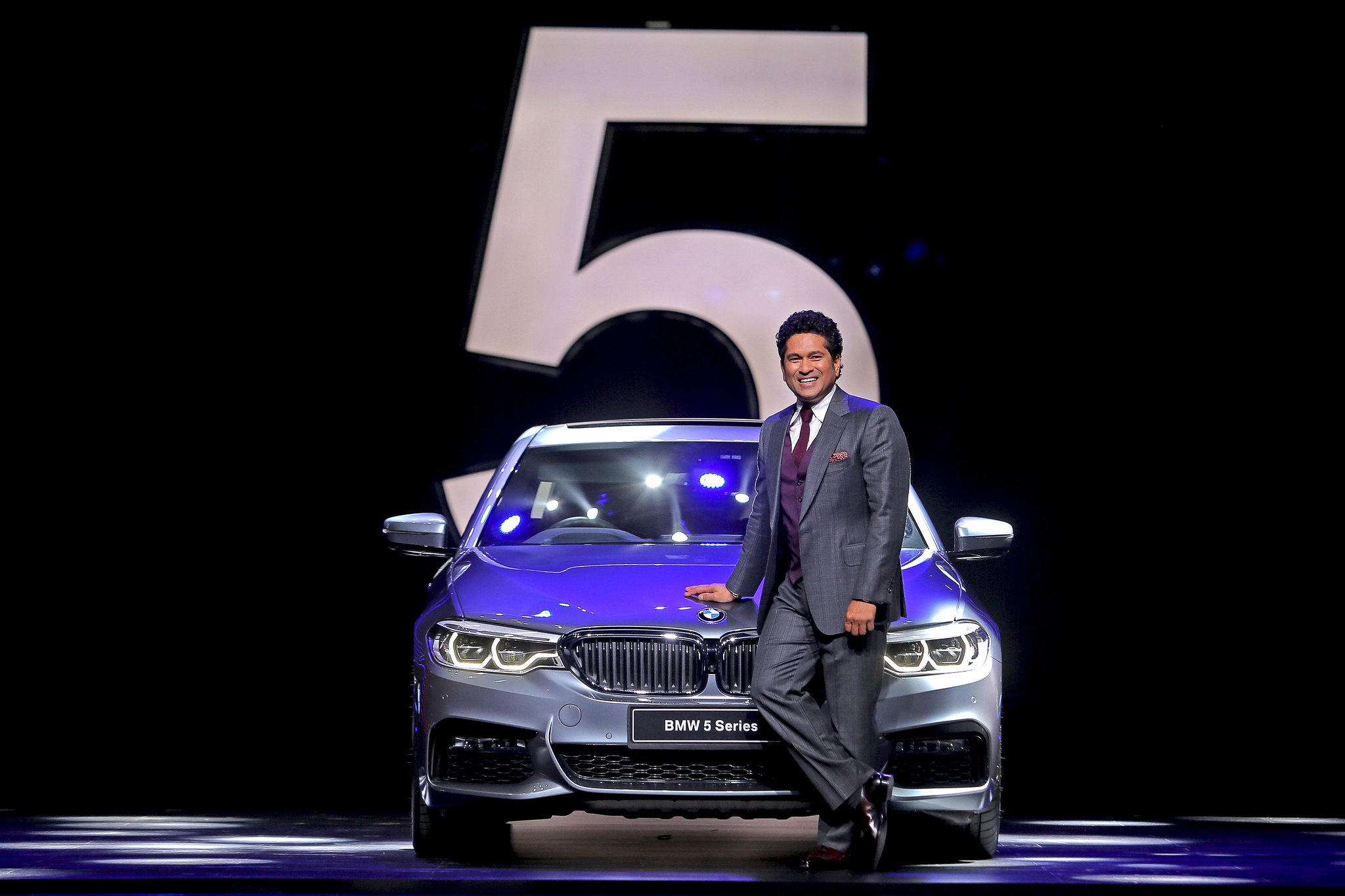 Mr. Sachin Tendulkar with the all-new BMW 5 Series_f