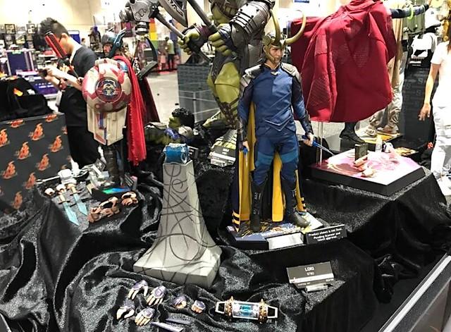 Thor Ragnarok Hot Toys SDCC2017 02