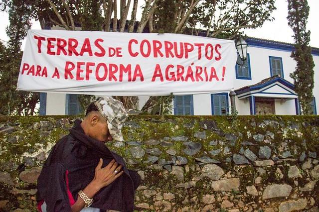 MST dá o recado para a oligarquia defendida pelo governo golpista