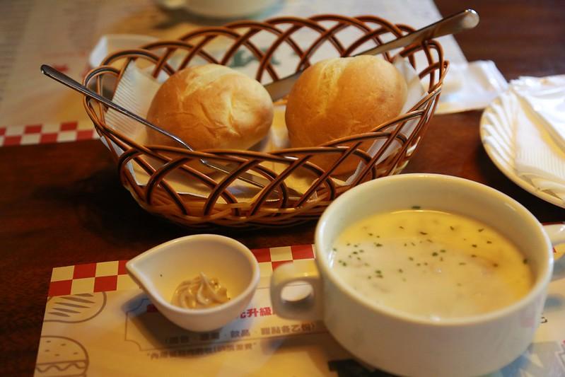主廚湯和麵包