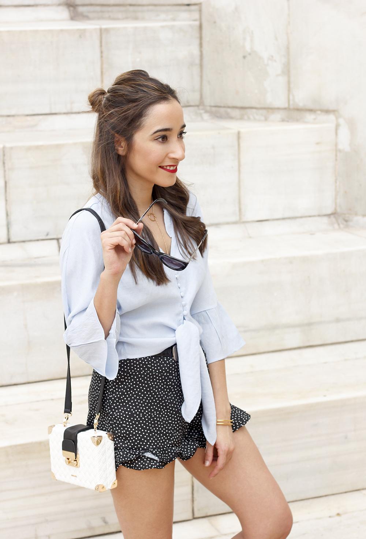 blue shirt polka dots shorts converse uterqüe style fashion summer06