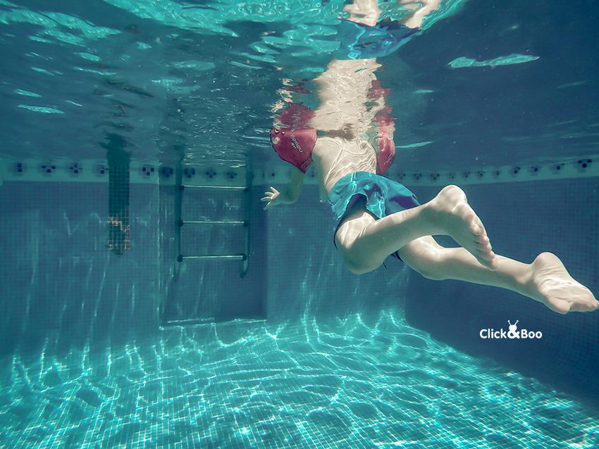 Nadando plácidamente