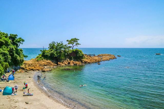 秋谷の中古マンション:マンション前のプライベートビーチ