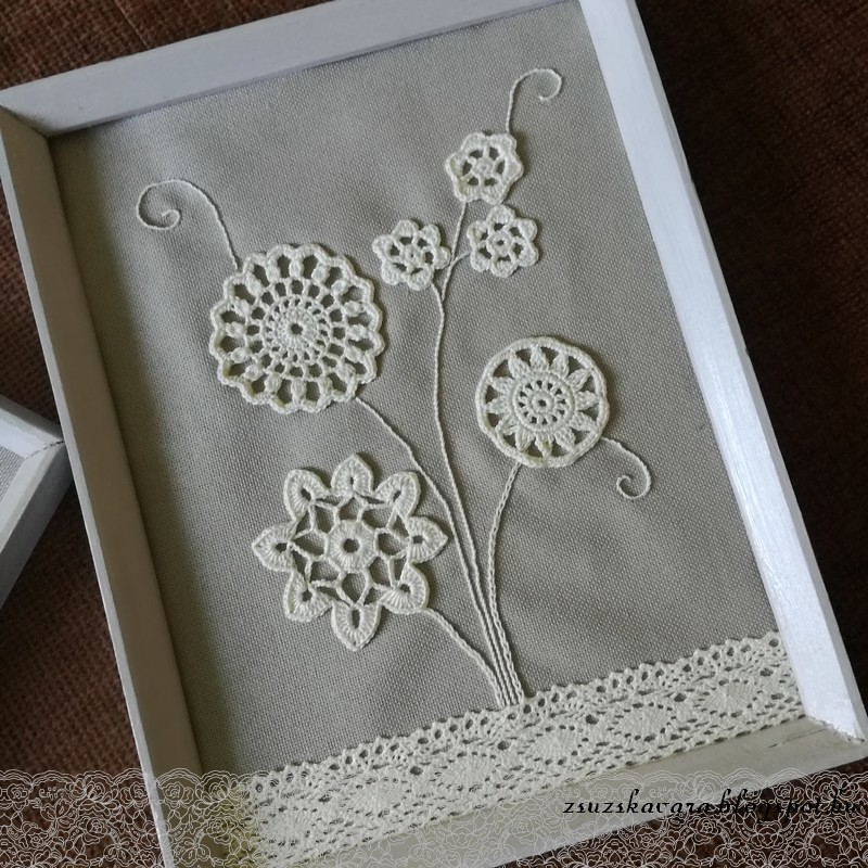 crochet flowers in frame (3)