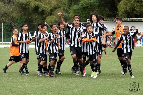 Fluminense x Botafogo - Semifinal Campeonato Metropolitano Sub-13 (2017)