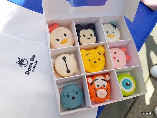 Character Macarons