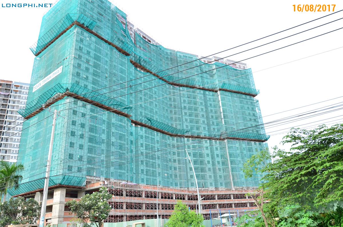 Mặt ngoài tháp Bắc M1 - Jamona Apartment - Luxury Home ngày 16/08/2017.
