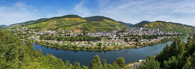 An der Mosel - Enkirch (Panorama)