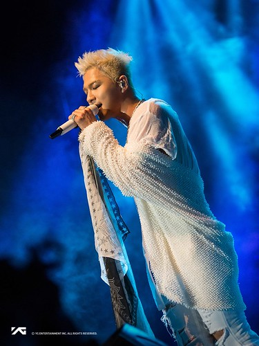 Taeyang WHITE NIGHT in San Jose 2017-09-10 (10)