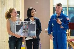 Astronaut Shane Kimbrough at Arlington Career Center (NHQ201709120119)