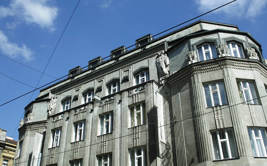 Stedentrip Praag in de zomer: 9 tips. Kubisme | Mooistestedentrips.nl