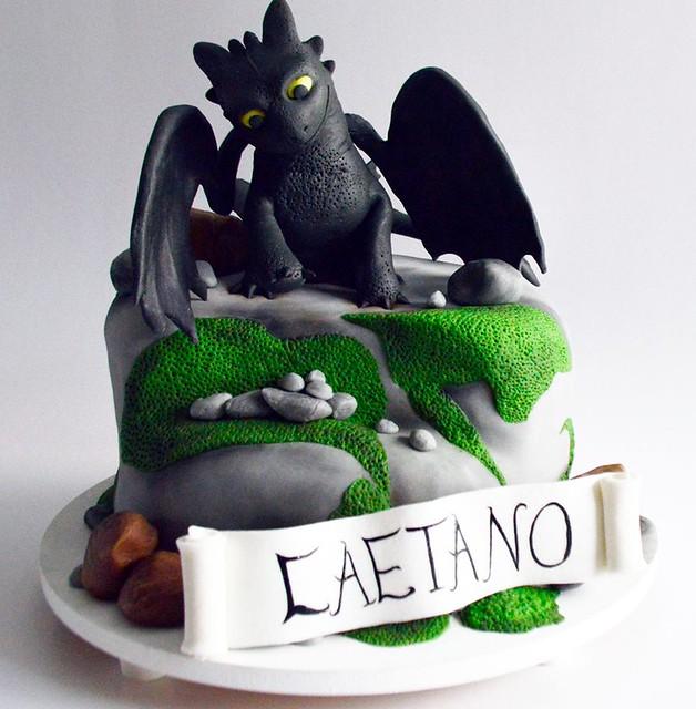 Cake by Tati Benazzi Cakes