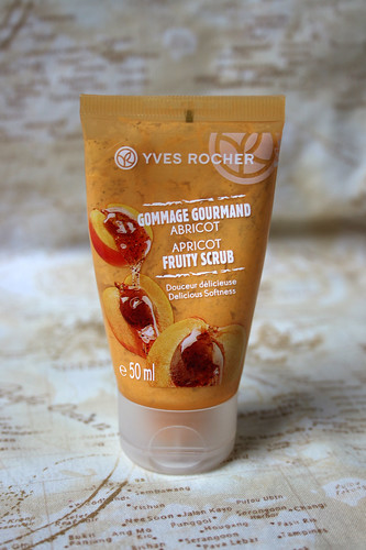 Yves Rocher scrub