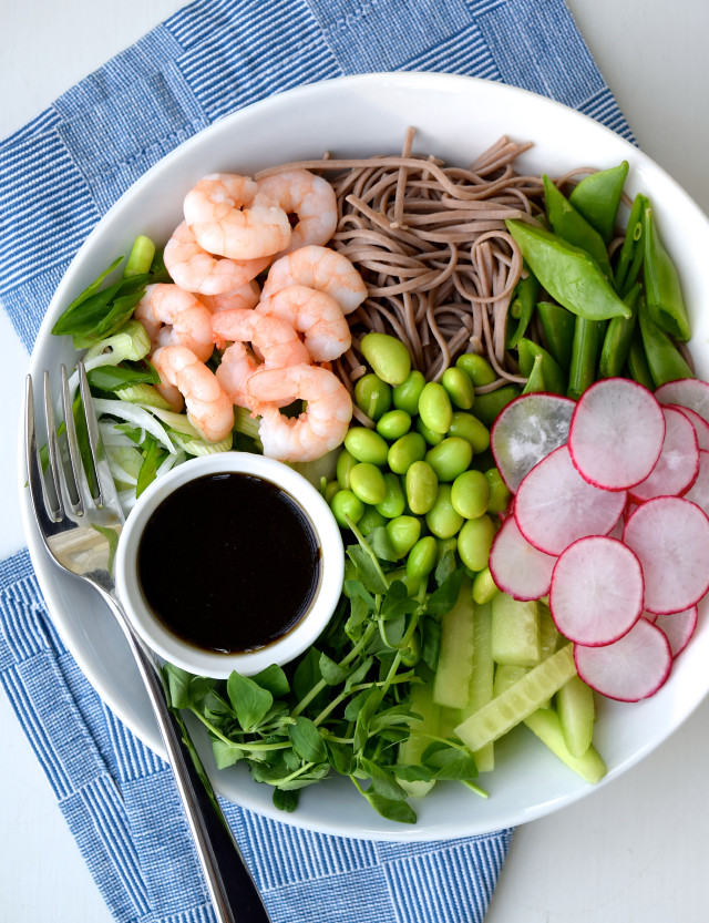Asian Prawn Noodle Salad - a bright, colourful, punchy lunch that also packs up well to eat at your desk