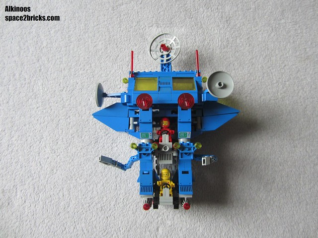 Lego space 6951 p18