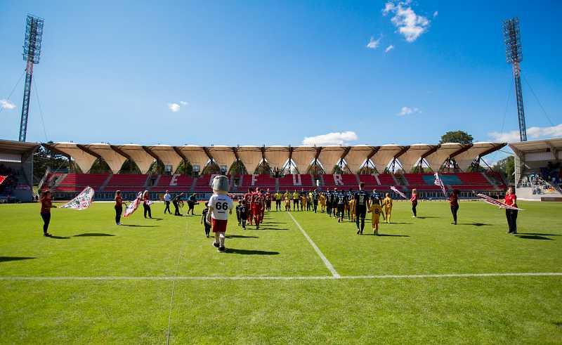 19.08.2017  FC Rot-Weiß Erfurt vs. SC Paderborn 07 0-1, Foto: Frank Steinhorst-Pressefoto