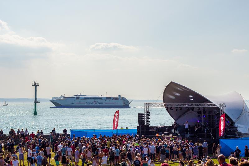 Victorious_SeasideStage-sunday
