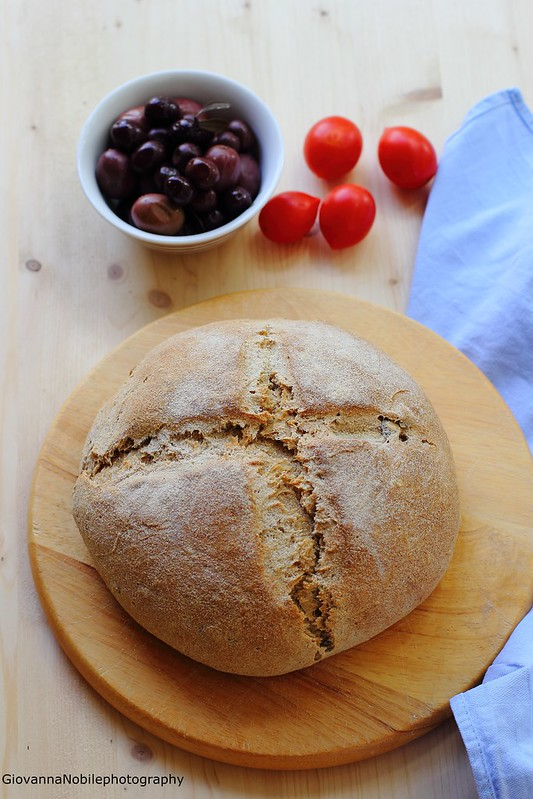 Ricetta del pane integrale con semi di finocchio, sesamo e zucca