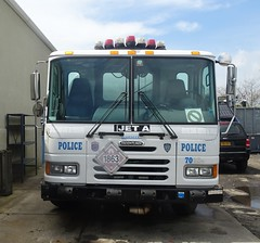 NYPD - Aviation Unit - 7042 - 2009 Freightliner Fuel Truck (2)