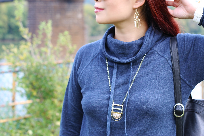 prAna-turtleneck-dress-jewelry-6