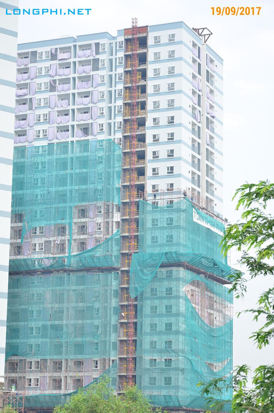 Mặt trong tháp Bắc M1: Công tác thi công hoàn thiện ngoài 19/09/2017.