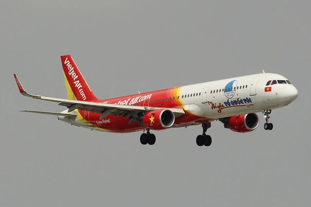 Airbus A321-211(SL) VietJet Air VN-A665