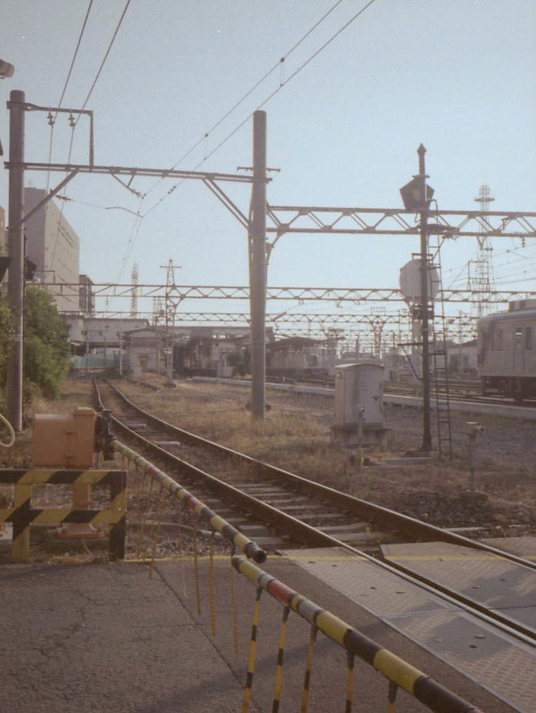 color-19840-3.jpg